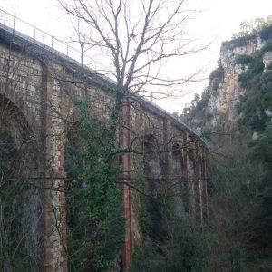 train_stone_bridge_20160222_2018388668