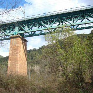 train_stone_bridge_20160308_1664352001