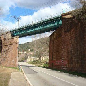 train_stone_bridge_20160308_1700362918